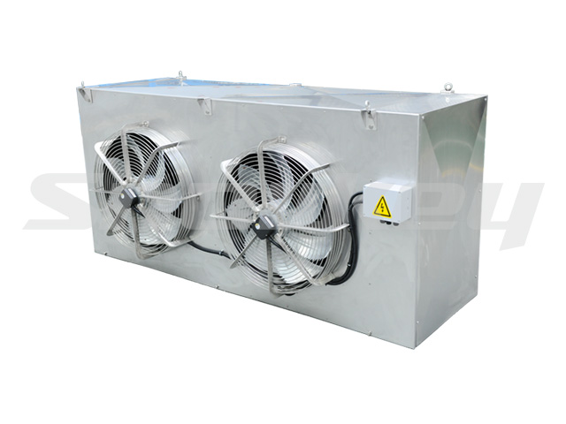 Air cooler for CO2